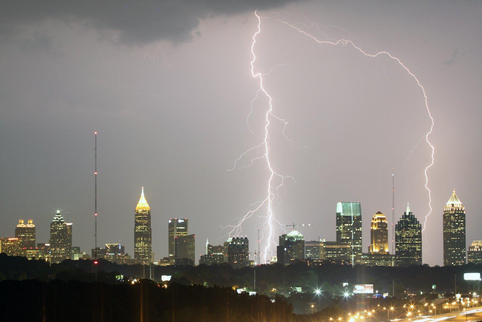 20080610133727!Atlanta_Lightning_Strike